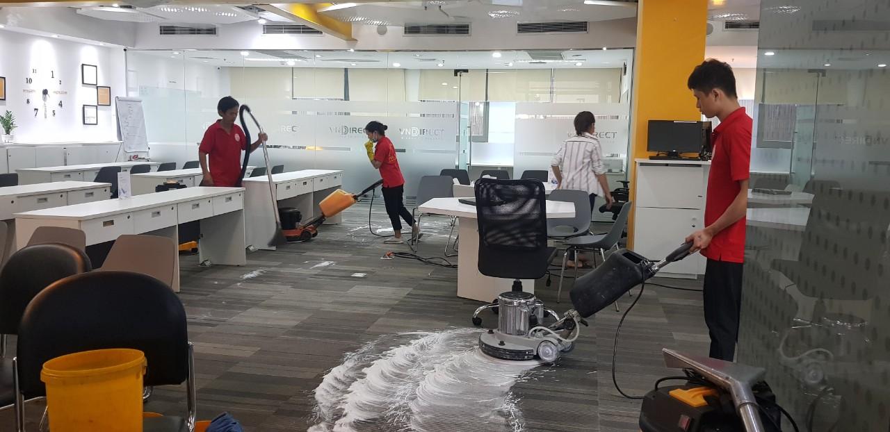 Dịch vụ giặt thảm văn phòng tại HCM